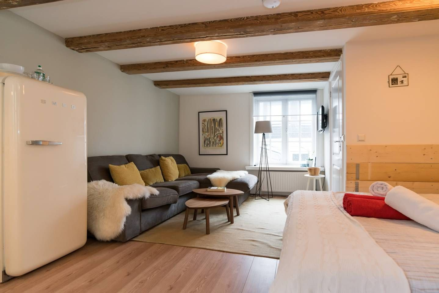 Yucca Apartment Bed And Breakfasts For Rent In Amsterdam Bed