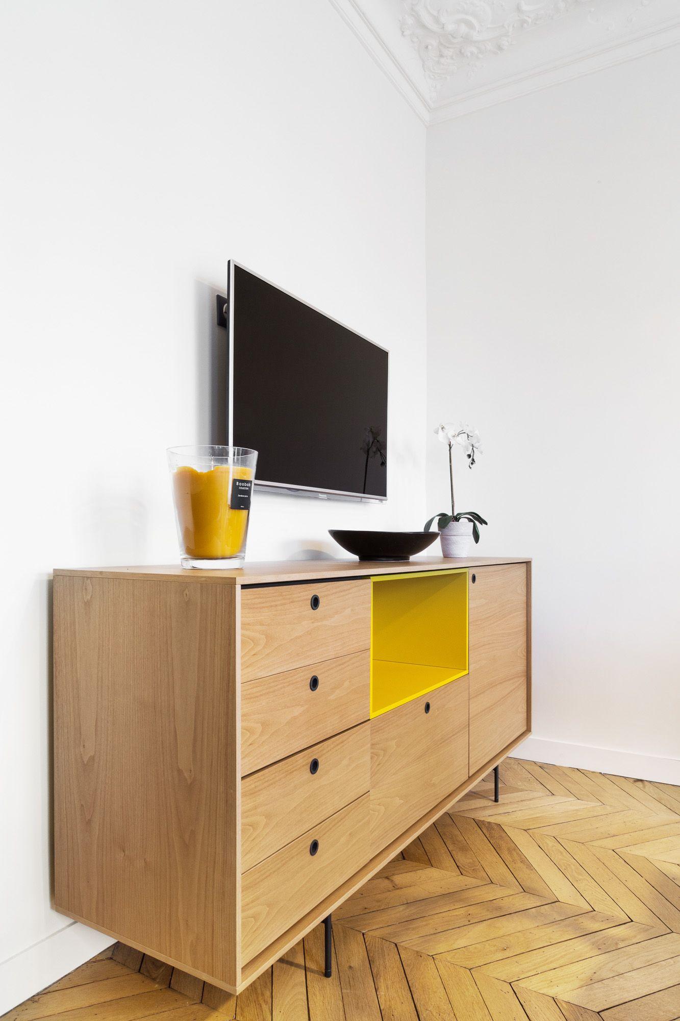 Touches De Jaune Pour Meuble Tv Appartement Haussmannien Parisien