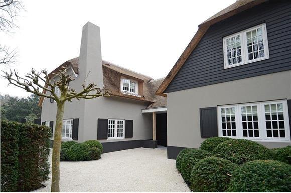 Super Mooie kleur stuc (met afbeeldingen) | Buitenkant huis schilderen MV-82