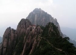 The Jade Screen Hotel is based at the top of the Yuping Mountain. (Huangshan, China)