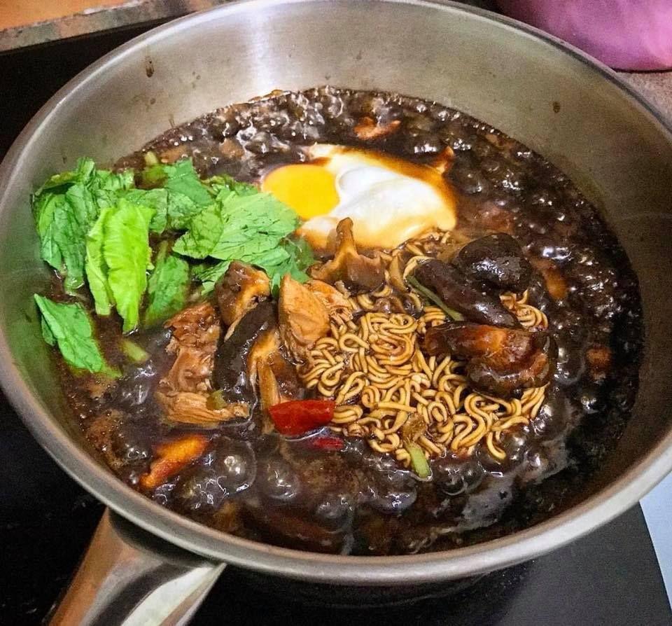 Cara Cara Buat Sizzling Yee Mee Tanpa Guna Hot Plate Pakai Kuali Je Memang Mudah Rasa Recipes Food Malaysian Food