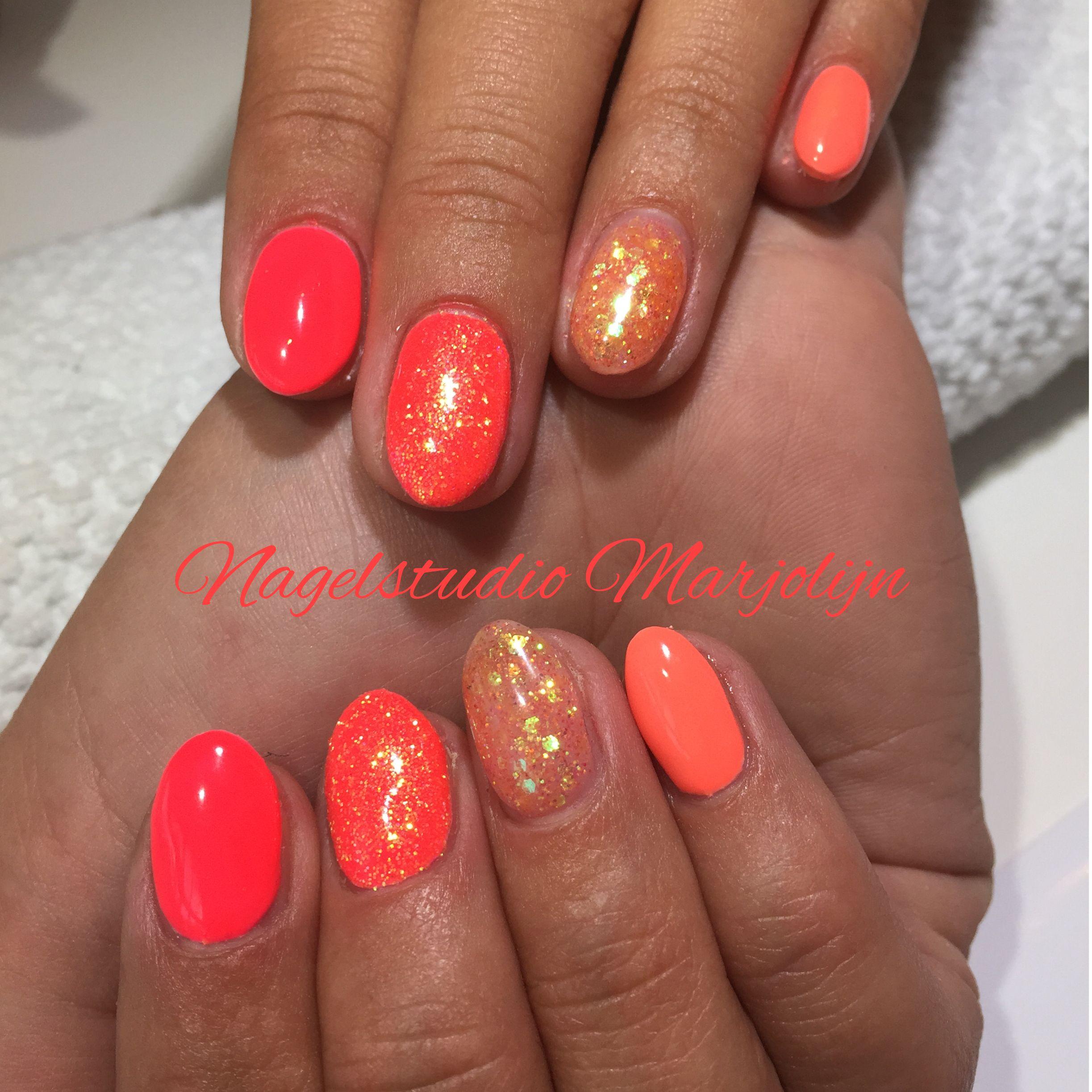Full color nail art -  Nails Cnd Ibd Galavant Gelish Brightshavemorefun Nailart Glitter