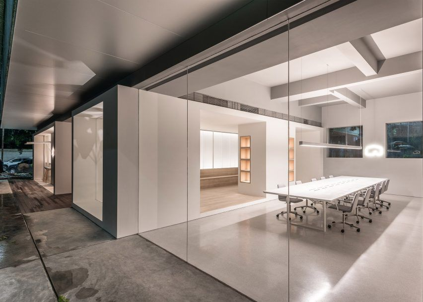 12 Of The Best Minimalist Office Interiors Where There S Space To Think Office Interior Design Interior Design Awards Office Interiors