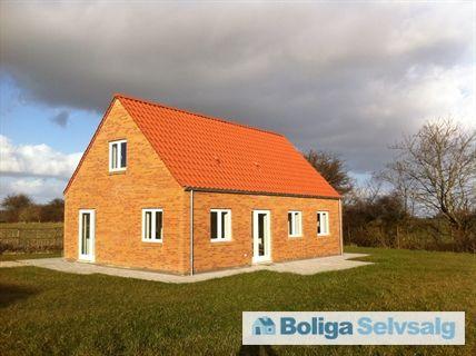 Orupgade 1A, 4640 Fakse - Nyt hus   grund kr. 1.499.000 - Spar kr. 800.000, varme kun kr. 225 #fakse #villa #selvsalg #boligsalg