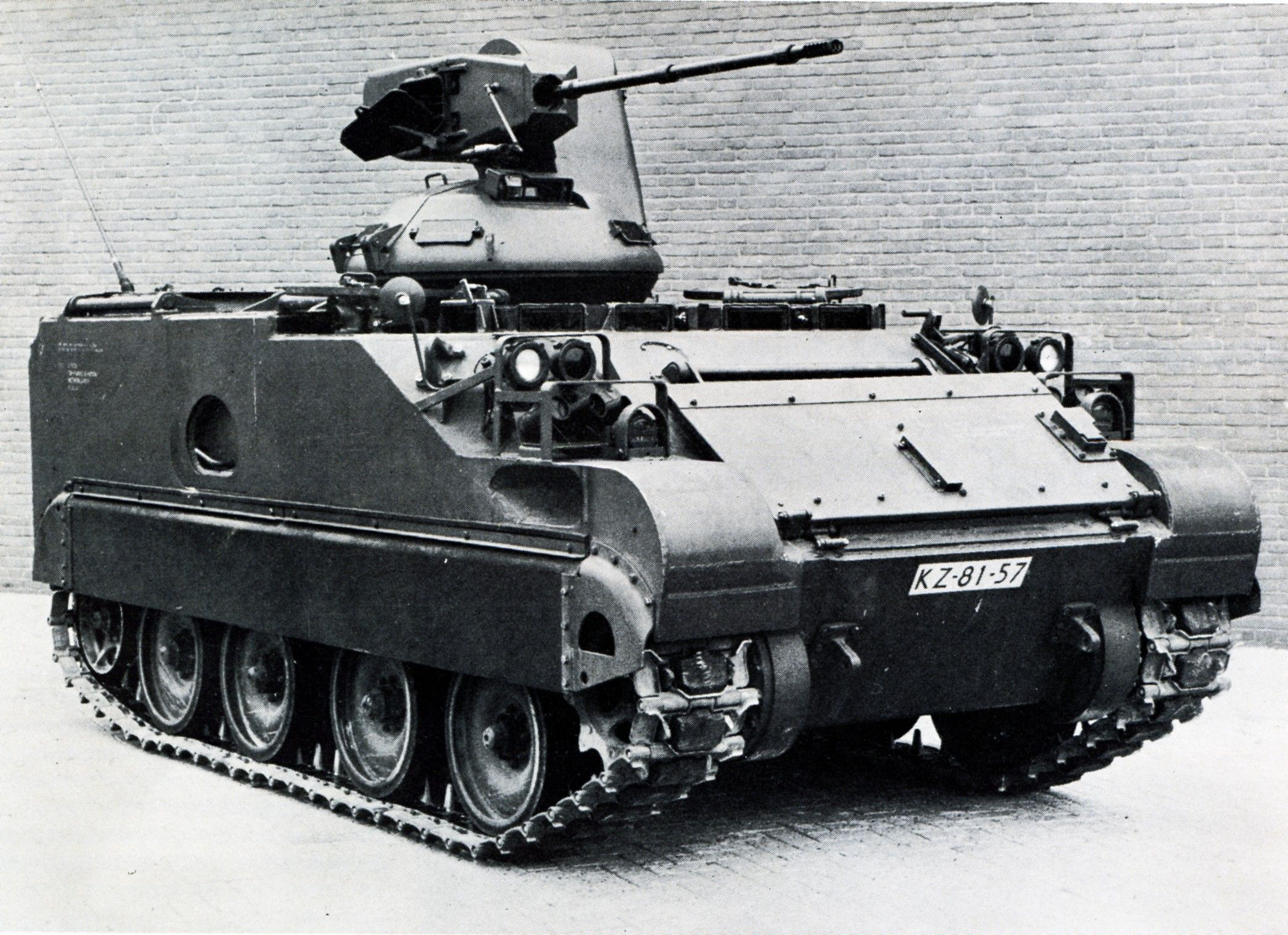 Picture battle rattle pinterest army vehicles military and cold war
