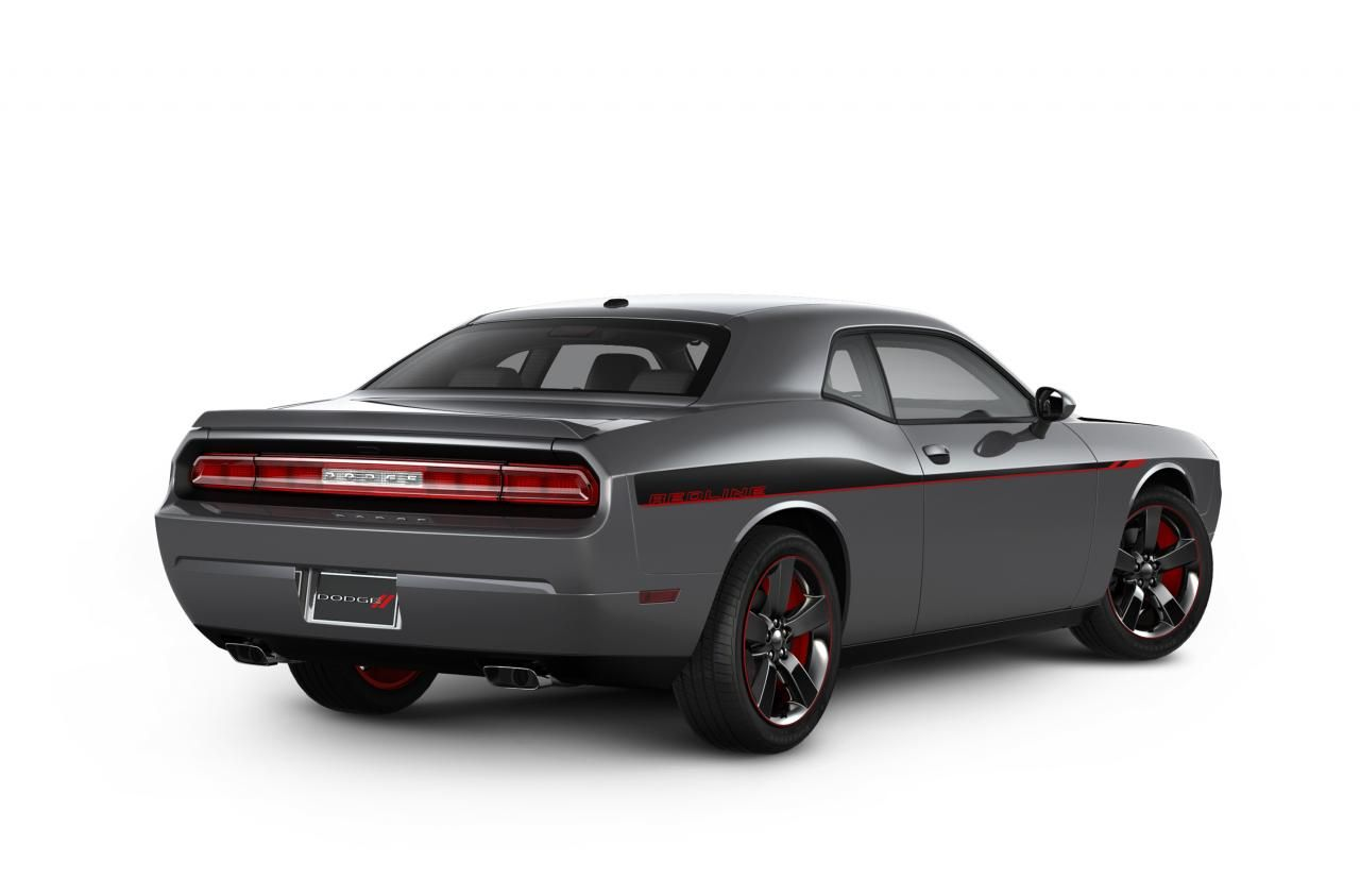 Dodge Anonsiroval Specialnoe Izdanie 2013 Challenger R T Redline
