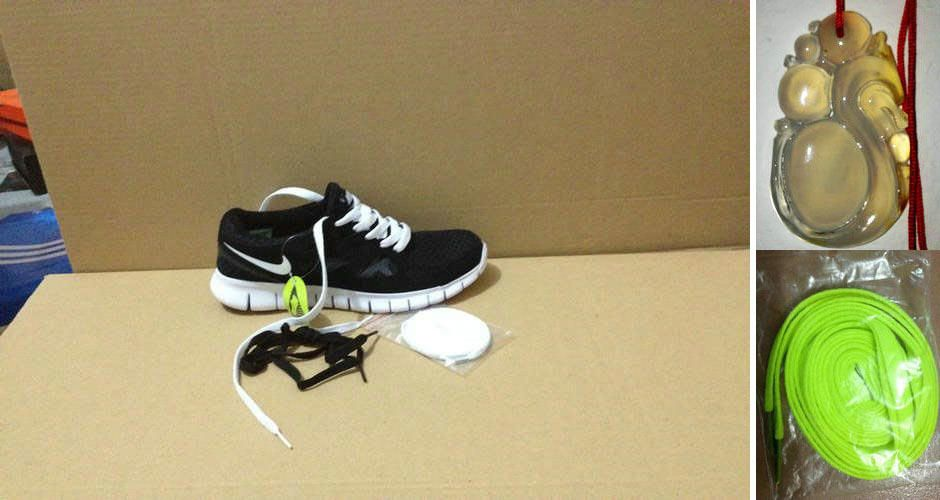 reputable site 6718b b5e40 Womens Chalcedony Pendant Dragon Nike Free Run 2 Black White White Lace