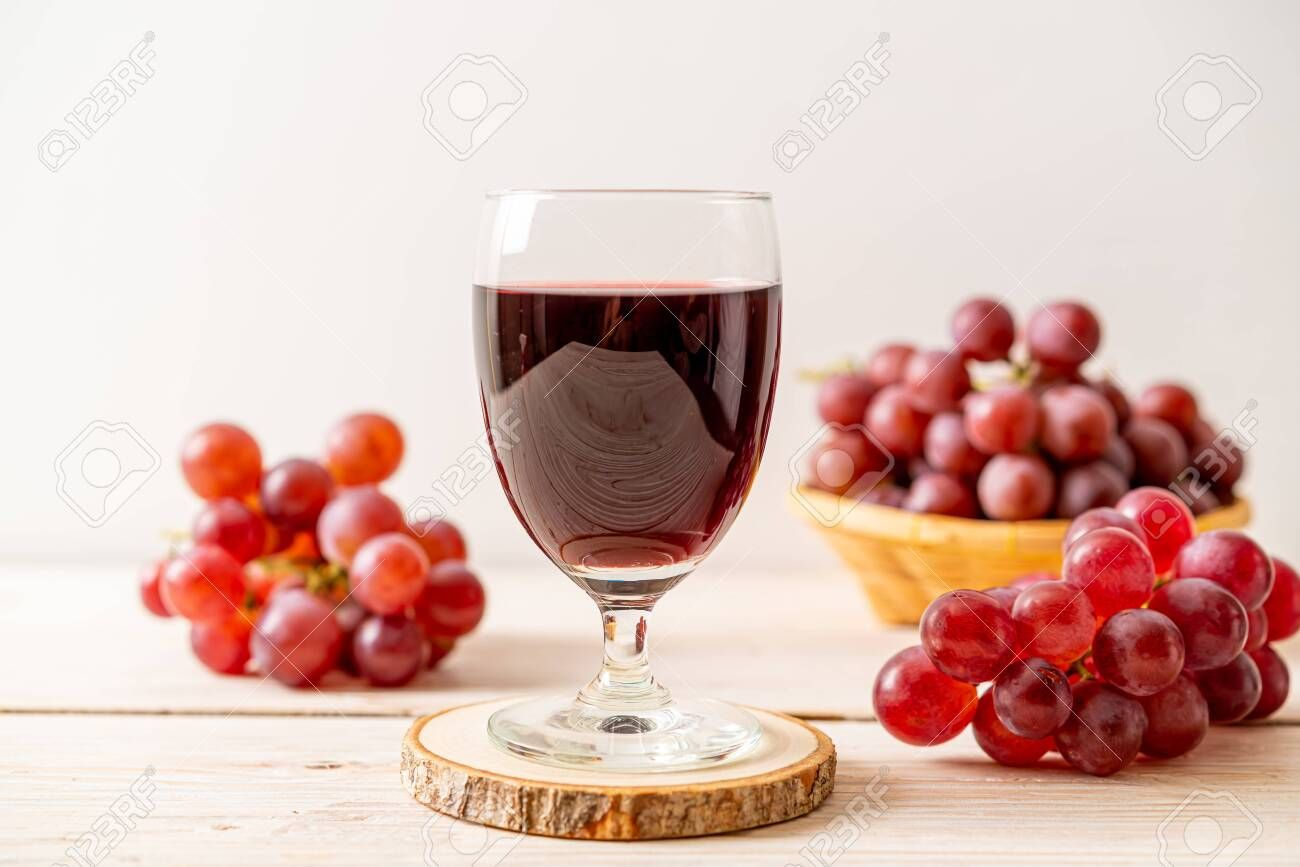 Fresh Grape Juice On Wood Background Sponsored Affiliate Grape Fresh Juice Background Wood In 2020 Grape Juice Grapes Alcoholic Drinks