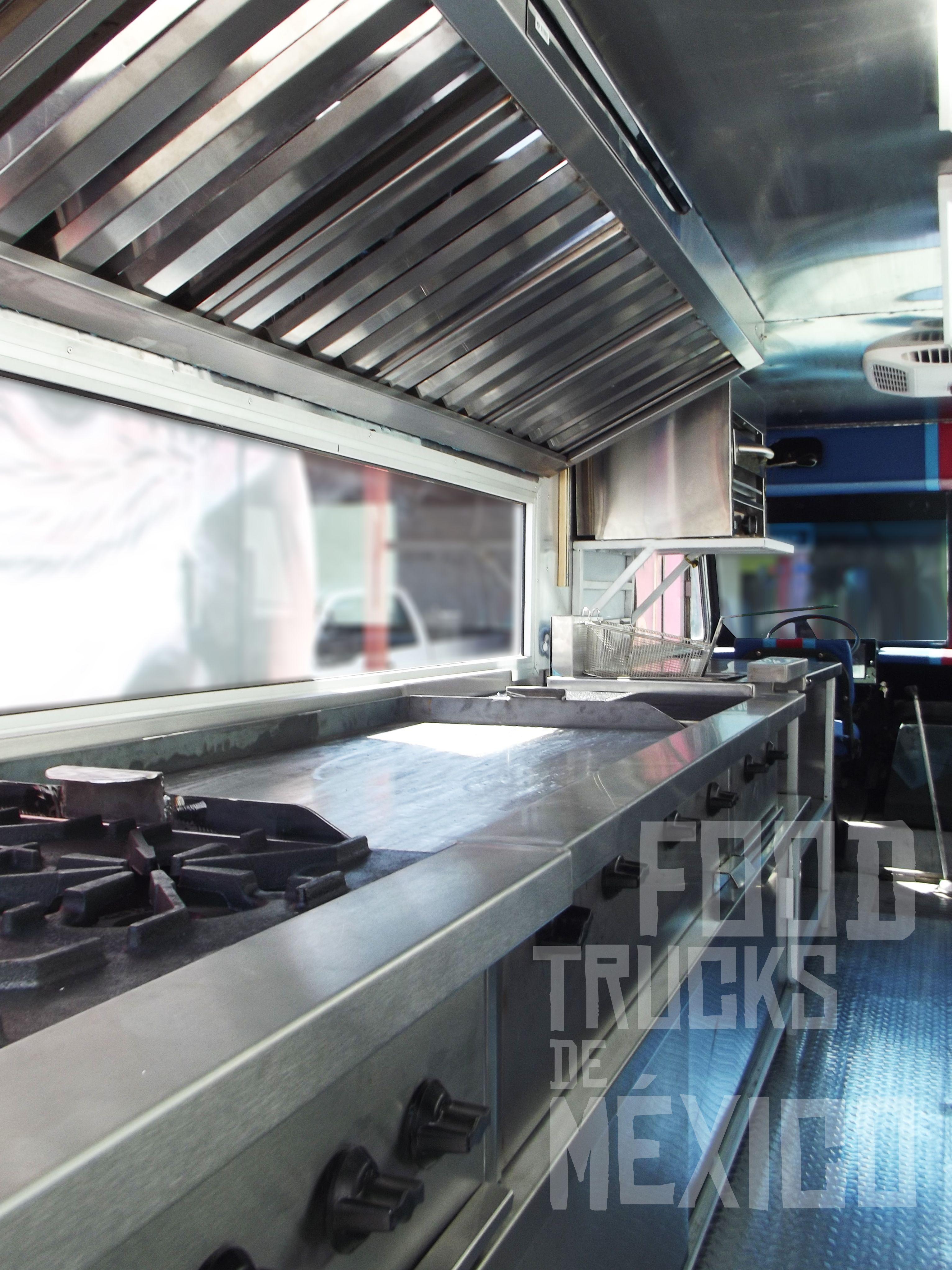 Vanette Modelo ´99 con conversión a cocina. Mesa de trabajo área de ...