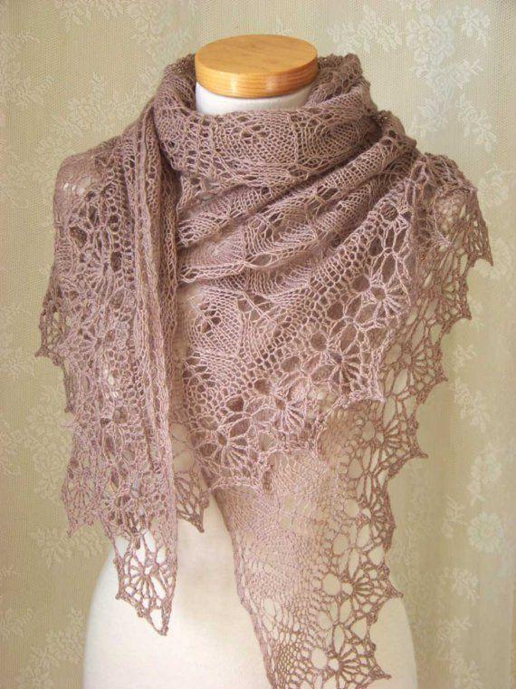 Pink beige lace knitted shawl with crochet trim | Häkelborten ...