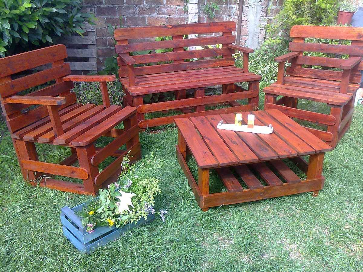 Juego completo con pallets reciclados pallet sillones for Sillones de patio de madera