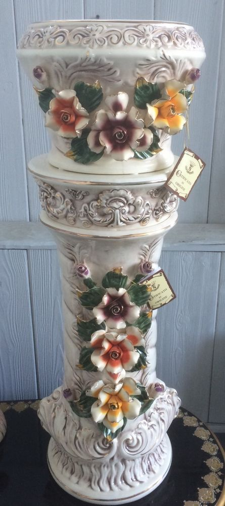 Brand New Capodimonte Pedestal With Bowl Set In Antique