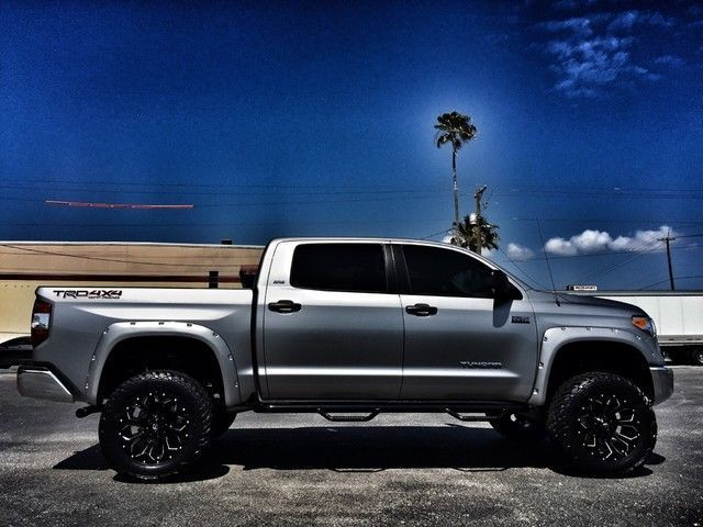 toyota tundra lifted trucks 4x4 custom crewmax cars v8 leather truck motors pickup trd 7l cab wheels parts pro cool