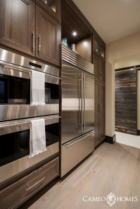 Sub-Zero & Wolf Appliances in this kitchen and look at that gorgeous ...