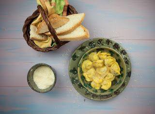 Denny Chef Blog: Cappelletti in brodo di cappone