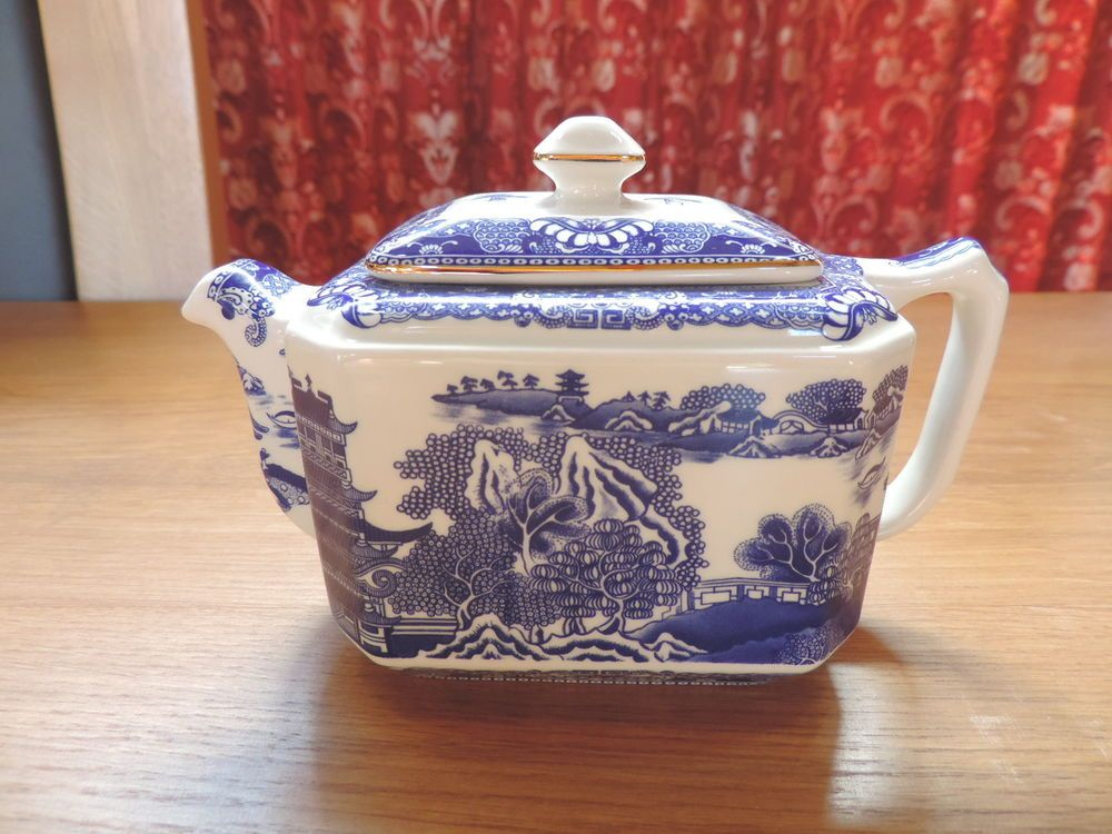 Ringtons blue white willow 34 pint rectangular teapot oriental ringtons blue white willow 34 pint rectangular teapot oriental maling wade 1996 negle Image collections