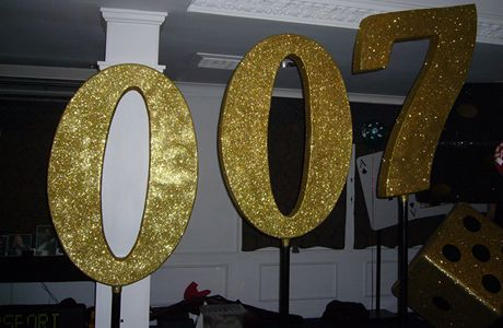 How to make james bond decorations the name 39 s bond james bond theme nights prom 2015 - James bond deko ...