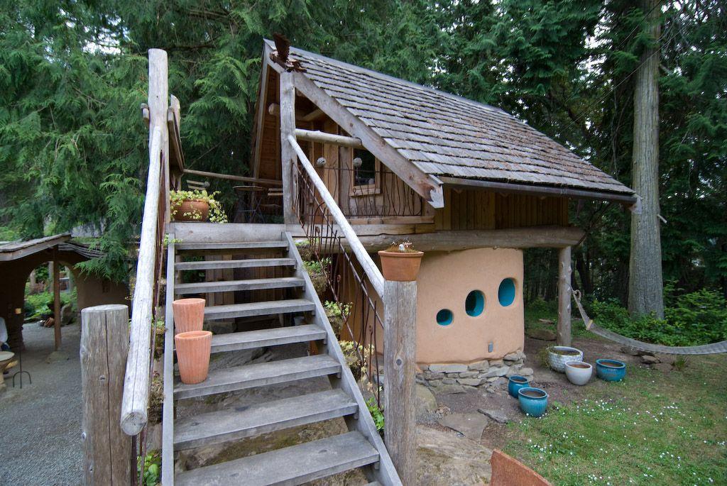 Zo slamy a hliny stavajú maximálne útulné domy. Neveríte? Presvedčte sa - Nehnutelnosti.sk