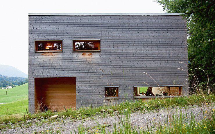 Modernes ferienhaus aus holz bauen mit holz gabriel for Modernes ferienhaus bauen