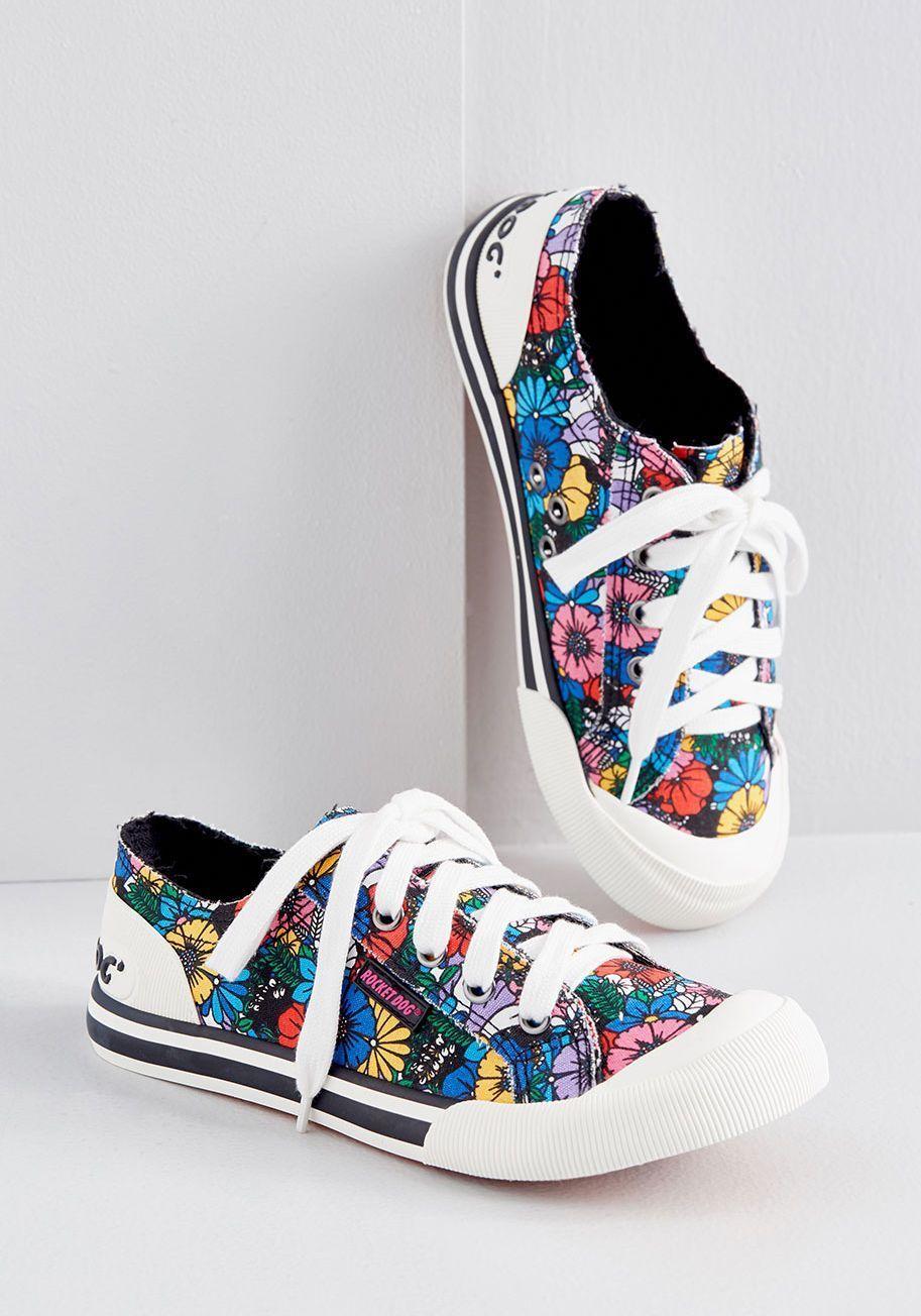 Cute sneakers, Casual sneakers women