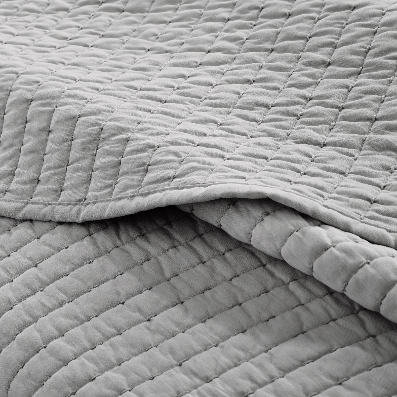 madison park jaxson grey coverlet mini set overstock com shopping