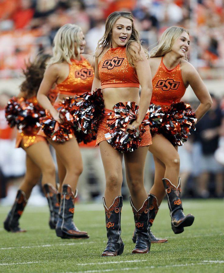 OSU Cheerleaders Osu cowboys, Football cheerleaders