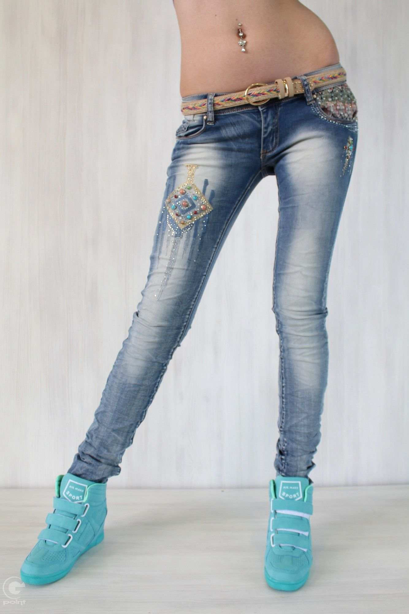 f9f0448e1f4 Дънки с бродерия Ернестин | Дамски дънки | Jeans, Skinny jeans, Pants