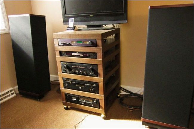 Hack an IKEA Lack Table into an Audio Component Rack! I want - deko ideen f amp uuml r wohnzimmer