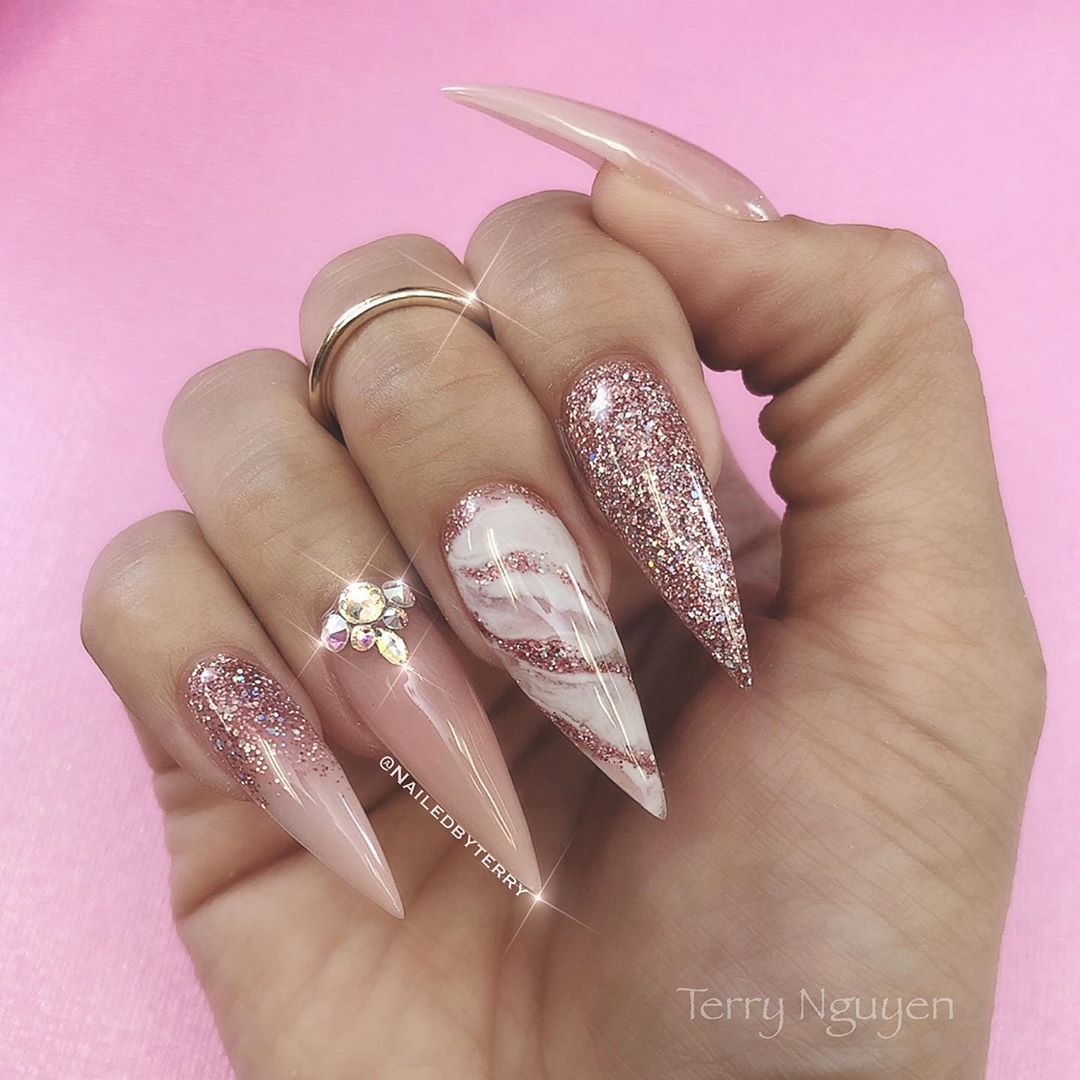 """Photo of Terry Nguyen on Instagram: """"They call her a dreamer, but she's the one who  never sleep ✨✨✨ @glamandglitsnails @kiaraskynails #backtobasic #colorblend #springnails…"""""""