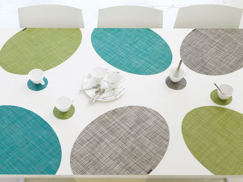 Chilewich Onedge Placemats And Coasters Introduce An Innovative New Shape Designed To Revolutionize The Modern Table Modern Table Linens Table Mats Chilewich