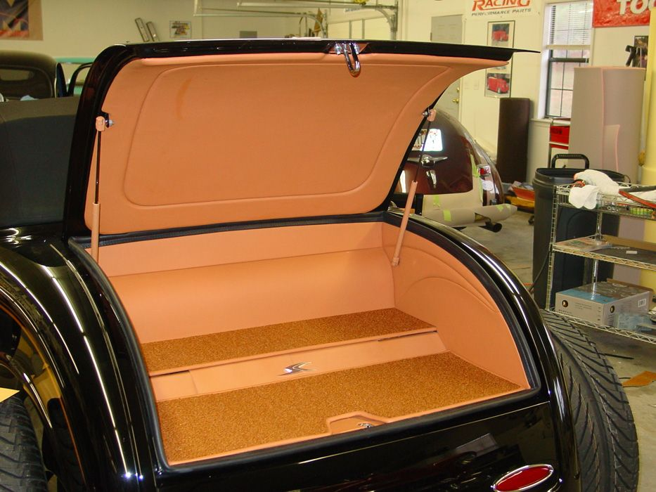Hot Rod Interiors Upholstery 1932 Ford Roadster Joe Stuban M And M Hot Rod Interiors 1932 Ford Roadster Hot Rods 32 Ford Roadster