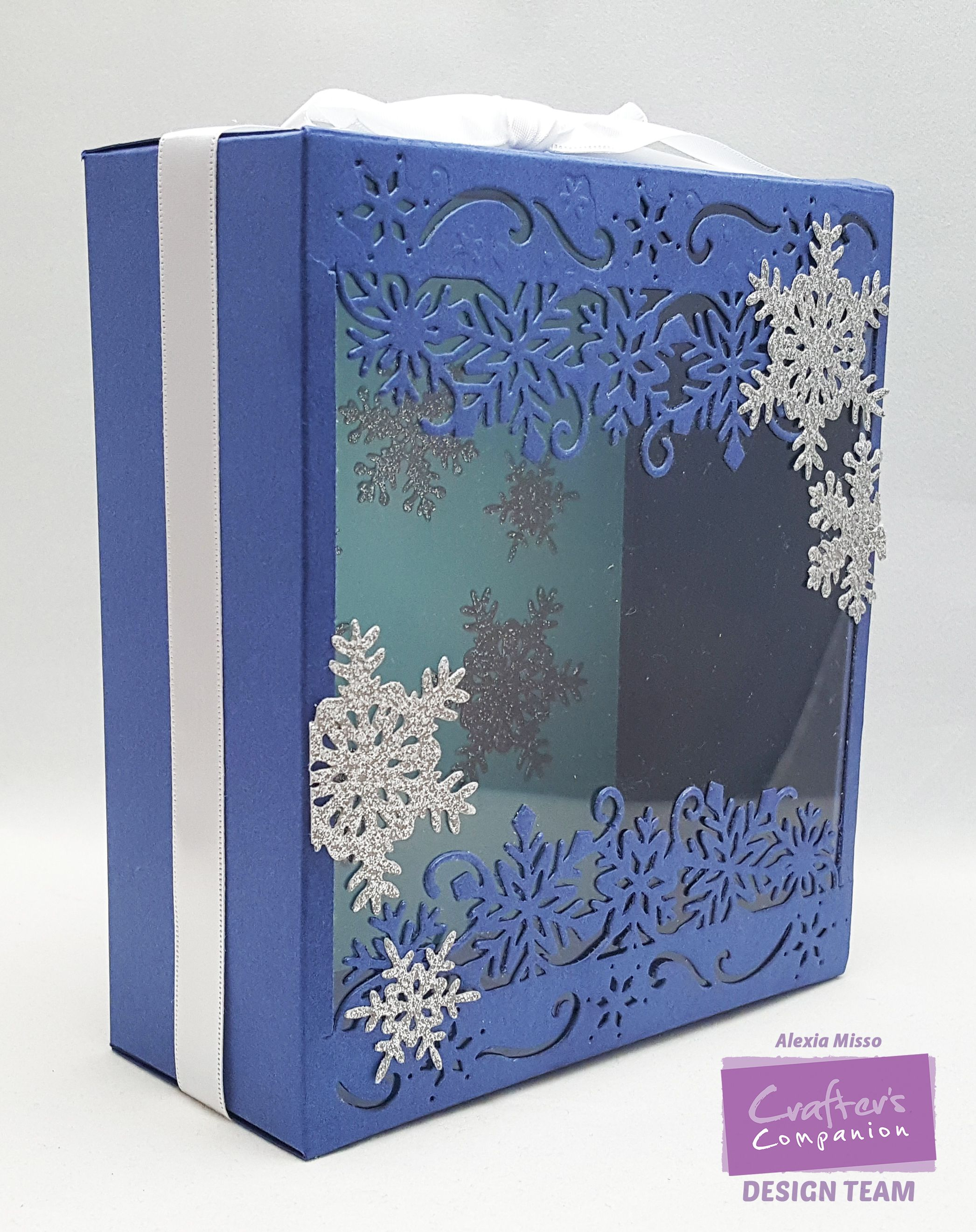 Alexia Misso (Winter themed Window Display Gift Box) No WM - September Tutorial ...