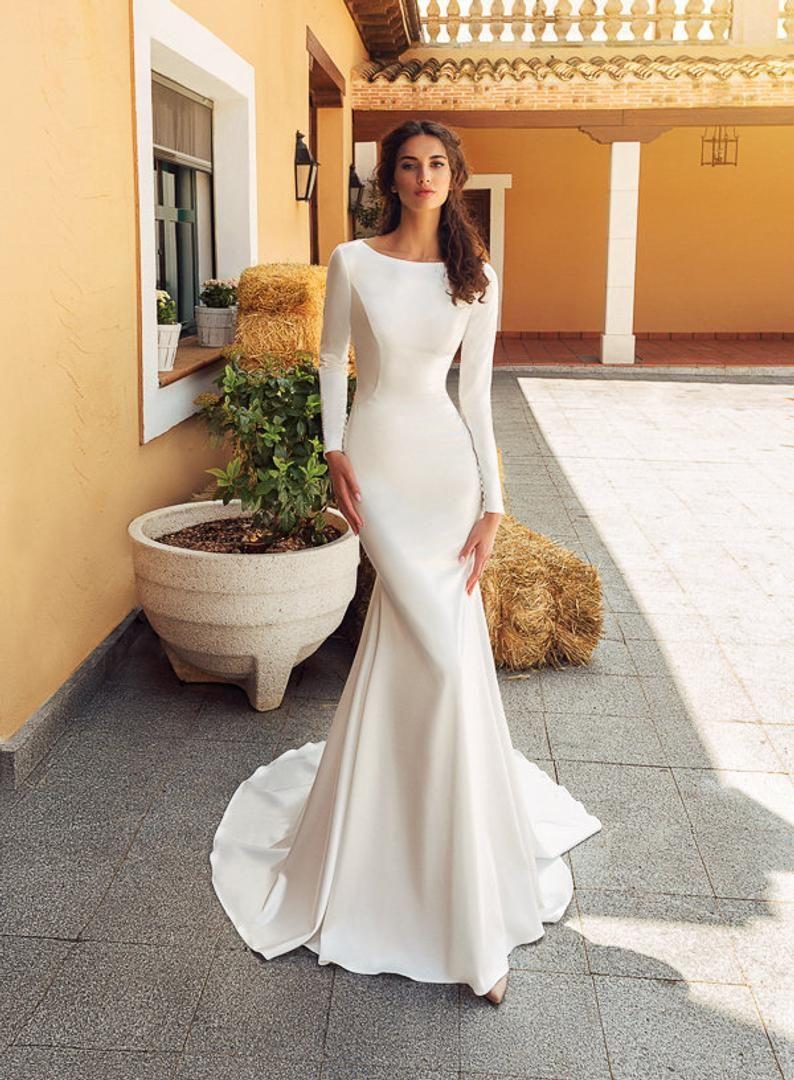 Minimalistic Mermaid Trumpet Long Sleeve Lace Back Wedding Dress Bridal Gown Simple Classic