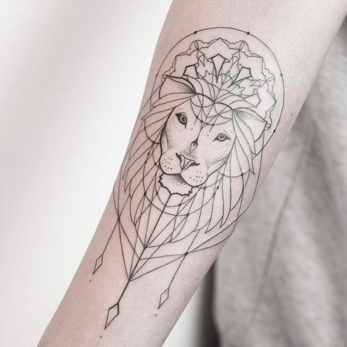1001 id es en photos de tatouage lion inspirez vous de l 39 art des tatoueurs tete de lion - Tatouage lion signification ...