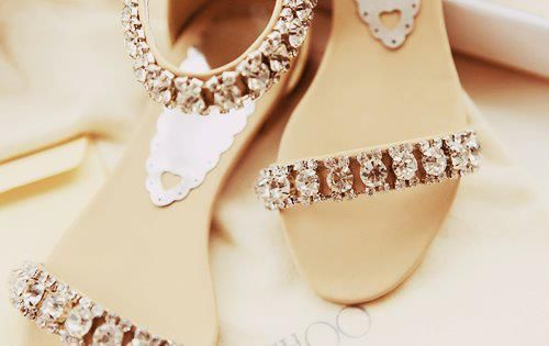 20 Cute Sandal Flats for Women | the perfect line