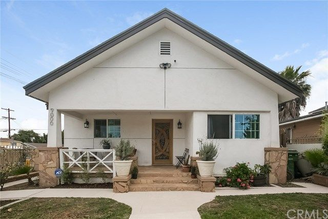single family property for sale with 3 beds 2 baths in los angeles