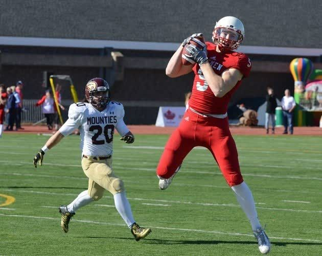 A year ago, Brian Jones was preparing for what would be his final year of university football at #AcadiaU. Now, the All-Canadian receiver is adjusting to life with the CFL's Toronto Argonauts. #BestFamily http://qoo.ly/anhgk