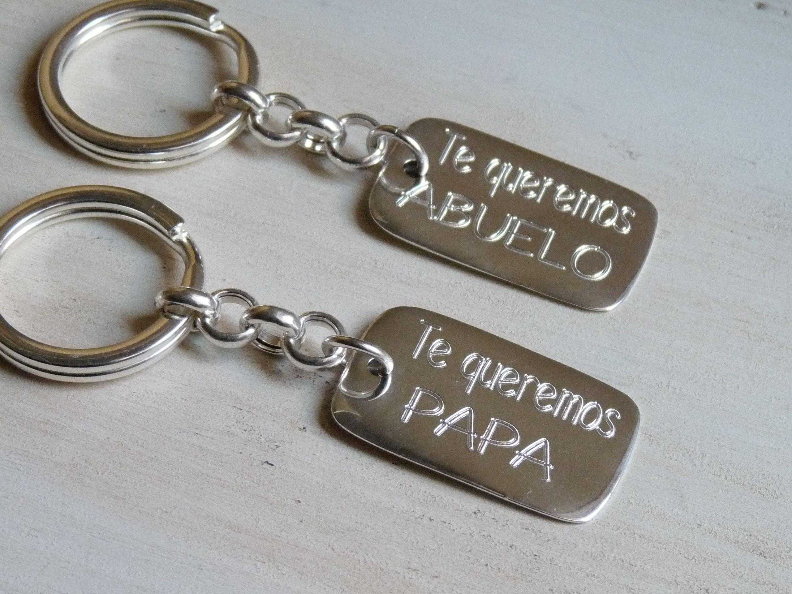 LLaveros de plata personalizados