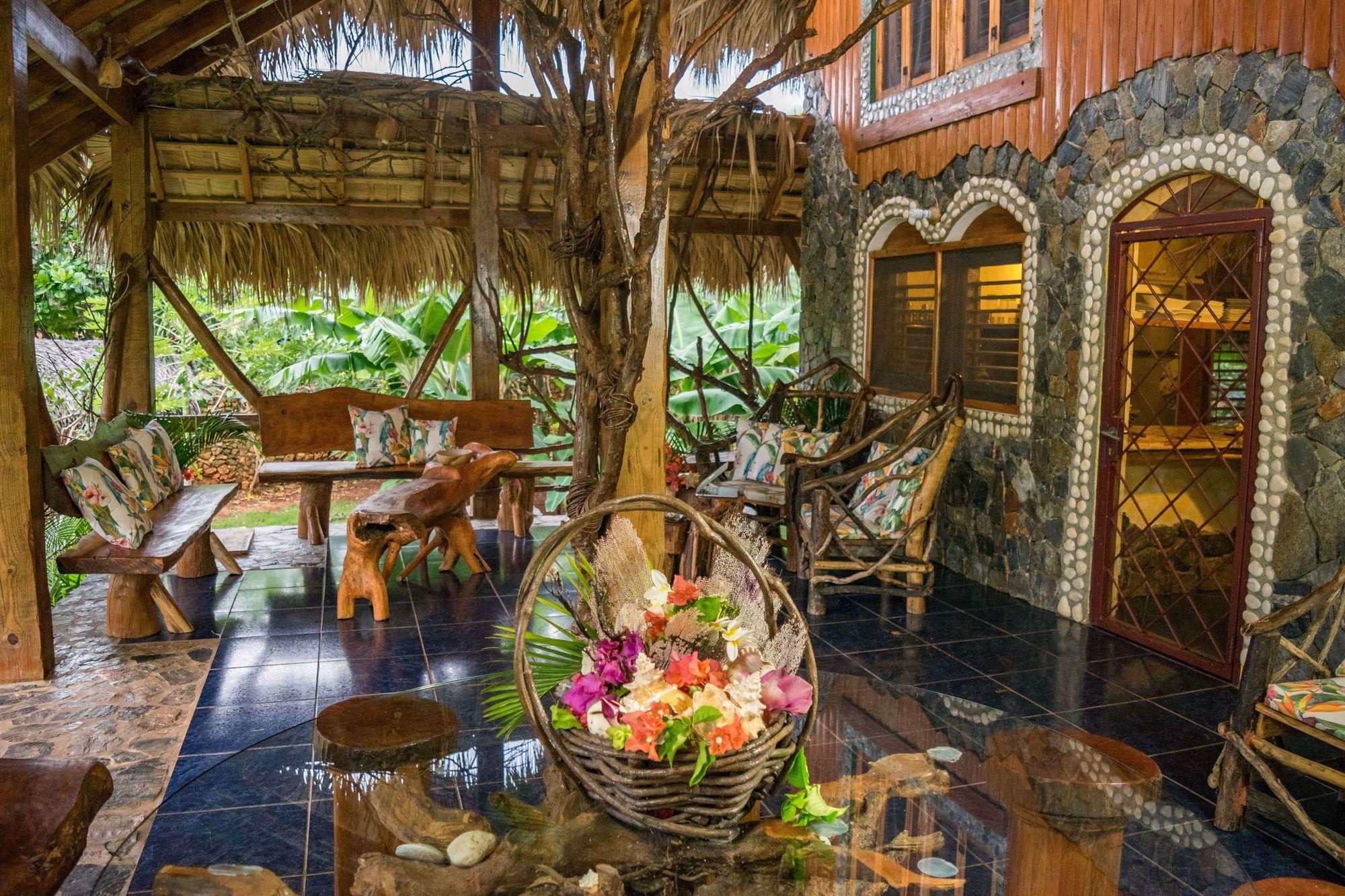 Tropical and rustic | Rustic wedding details, Tropical ... |Tropical Rustic Decor