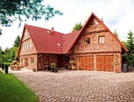 Fachwerkhäusern neu gebaut & Tradition bewahrt Baustil