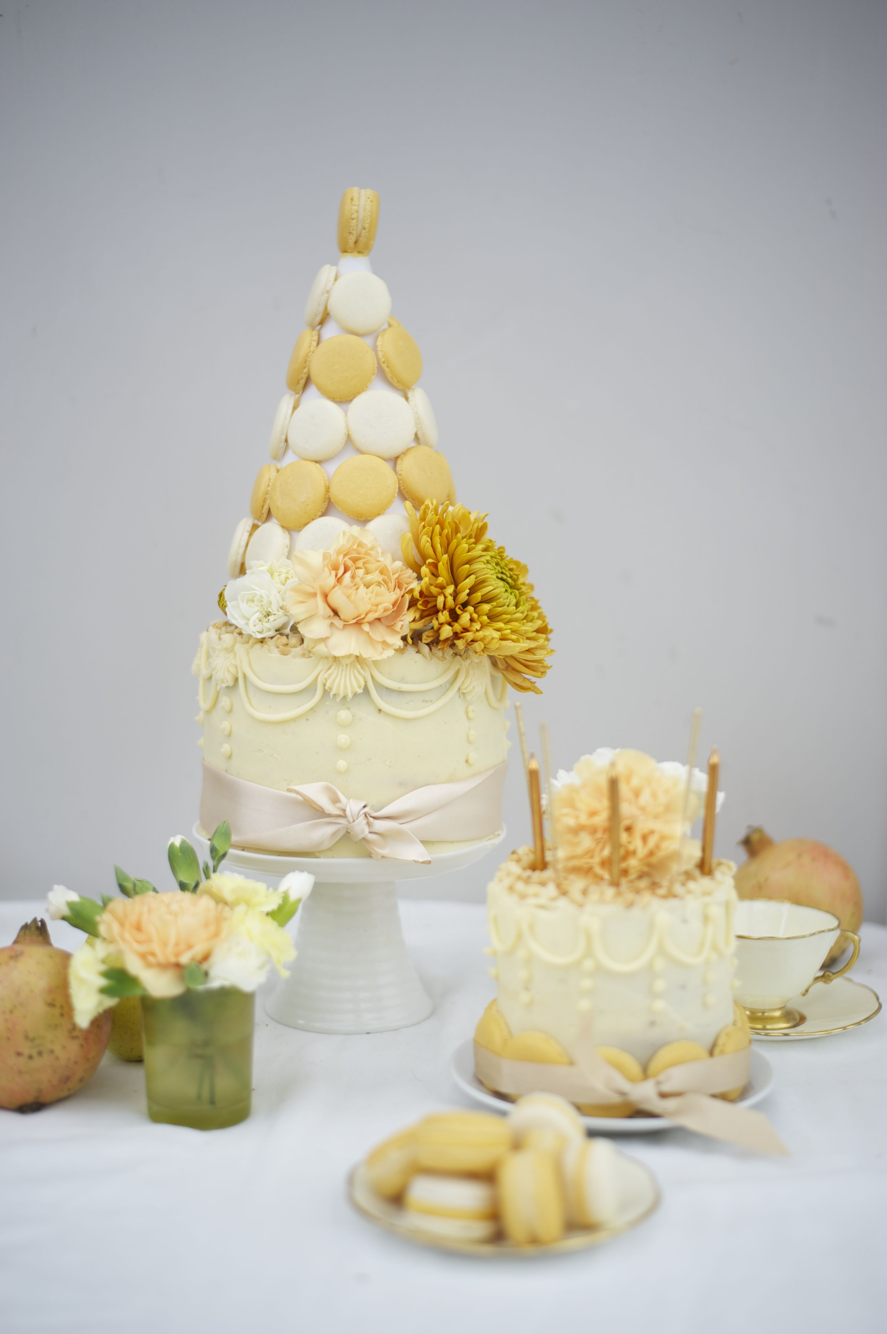 White Chocolate, Ginger and Macadamia Nut Macaron Cake
