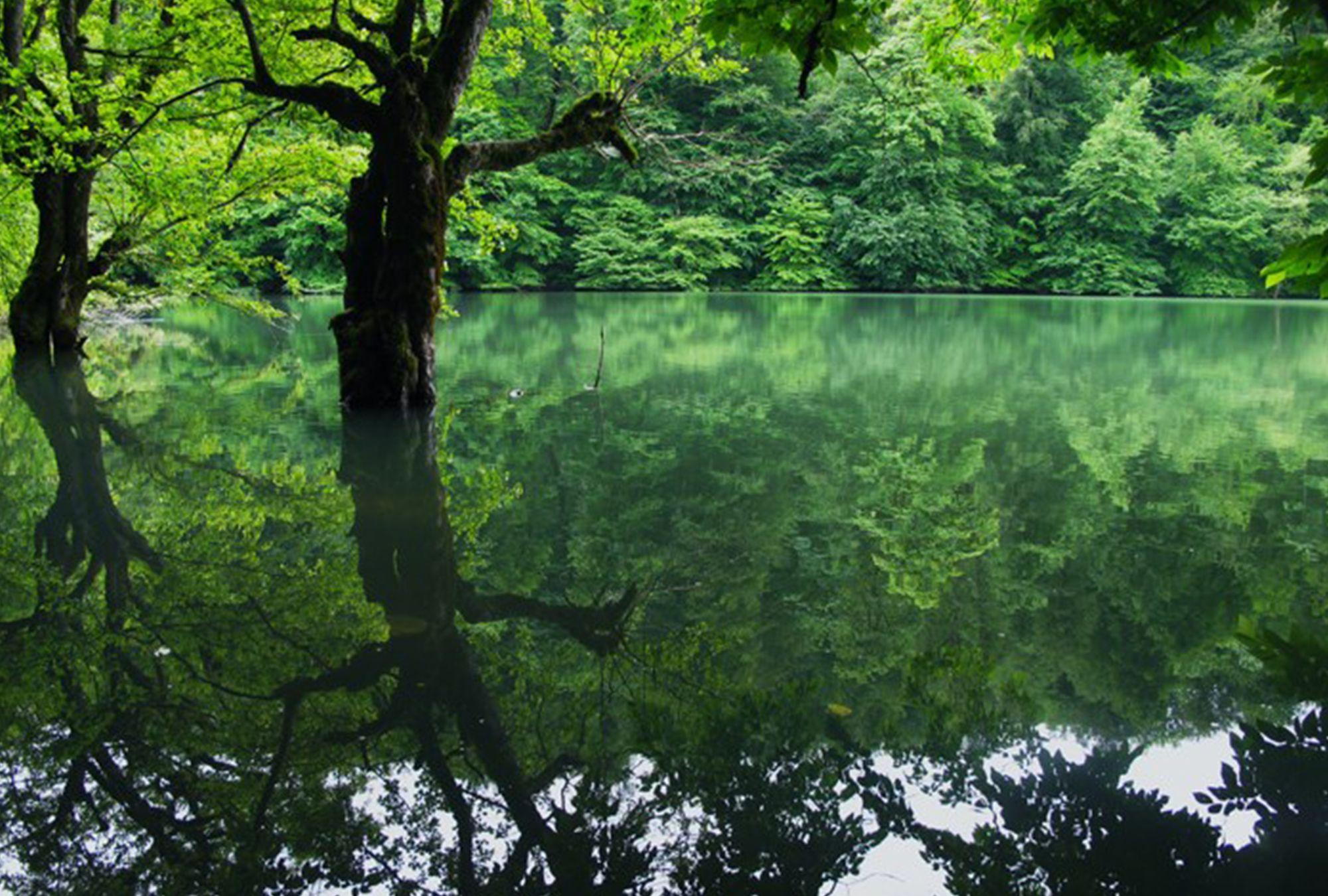 Pin by iFILM English on Miansheh Lake Beautiful places