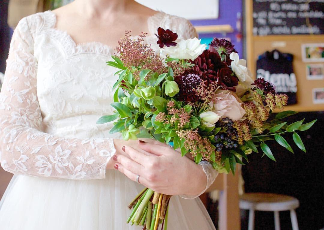 Bridal Bouquet 250 Michael Yu Photography Wedding Dresses