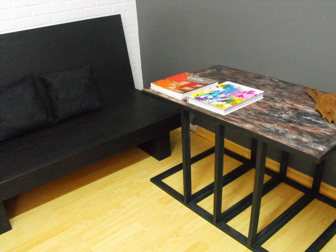 Mesa Camila o.70 x 0.45 x 0.70 MDF y madera