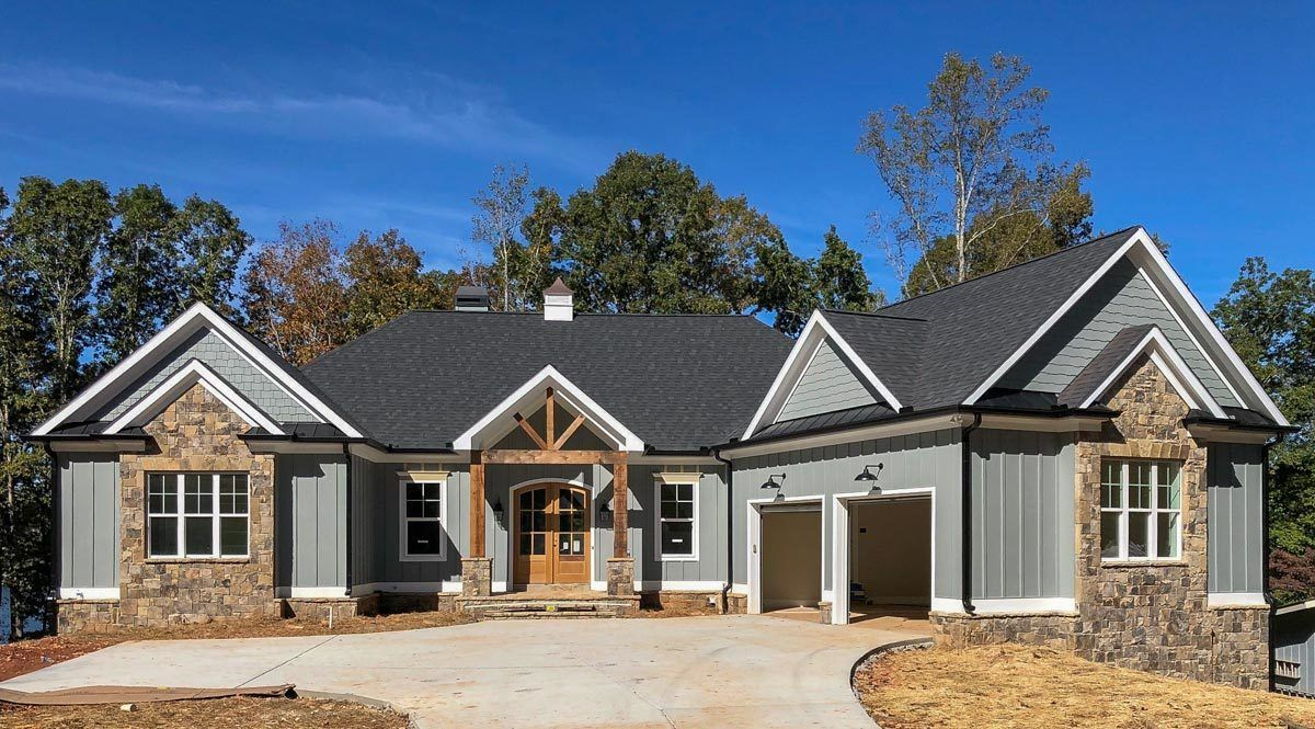 Plan 24382tw 3 Bed Craftsman With Angled Garage For A Rear Sloping Lot In 2021 Craftsman Style House Plans Craftsman House Plans Sloping Lot House Plan