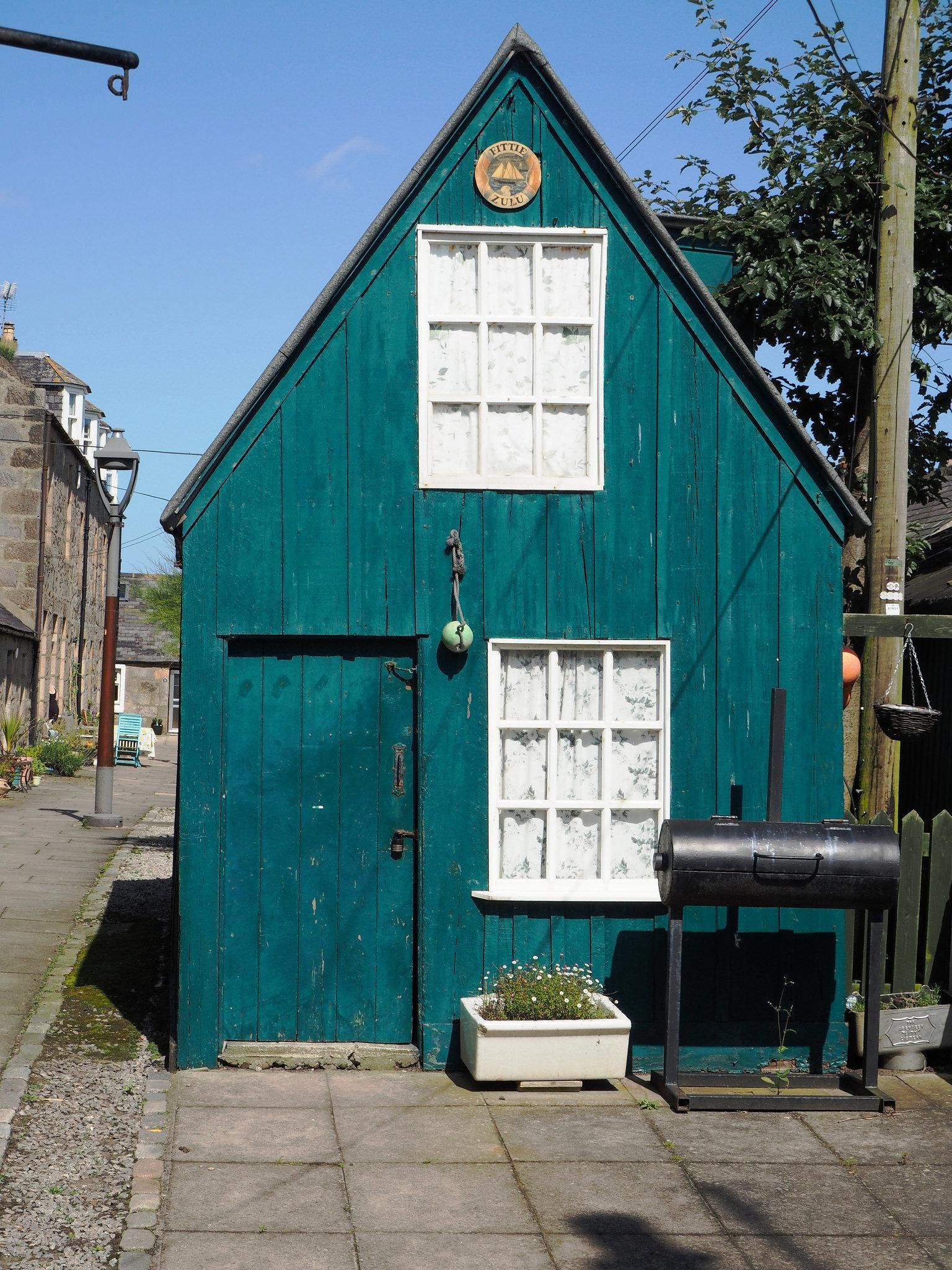 Trend Alert Tiny Houses On Foundations Building A Shed