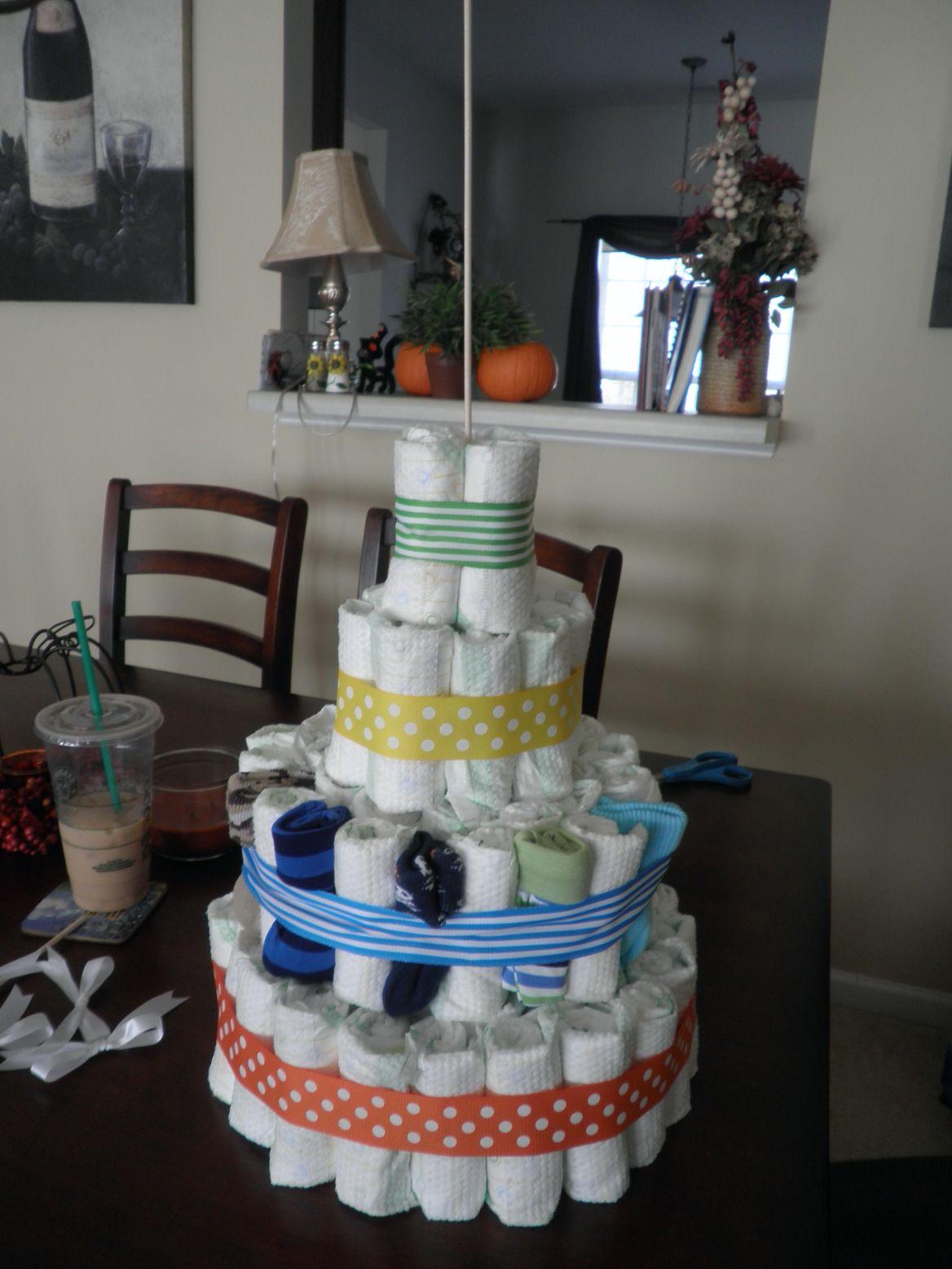 DIY Diaper Cake (With images) Diaper cake, Diy diaper