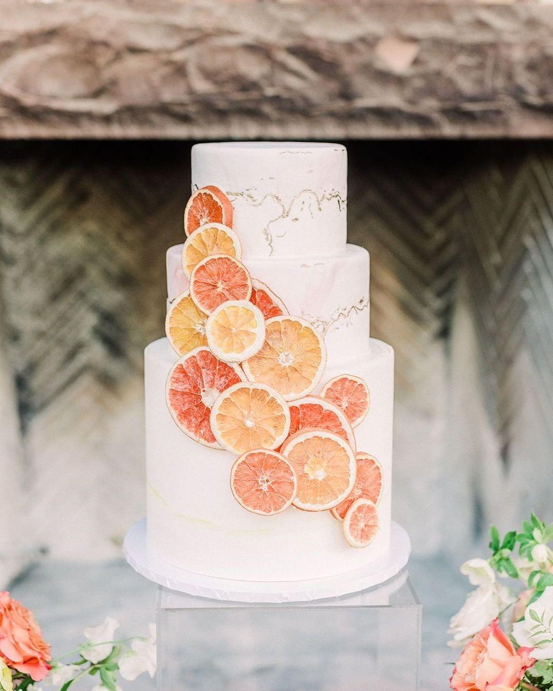 Citrus summer inspired wedding cake at las vegas wedding