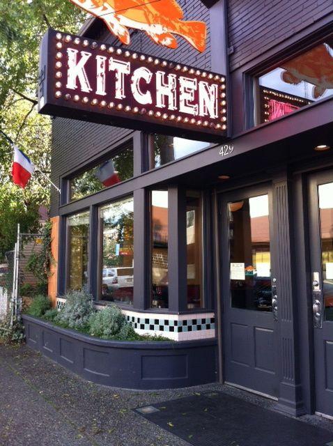 Charmant Coastal Kitchen, Oyster Bar. Capitol Hill. Seattle, WASHINGTON STATE