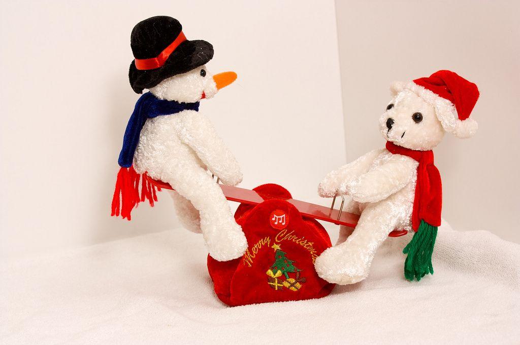 Joulunalle keinumassa